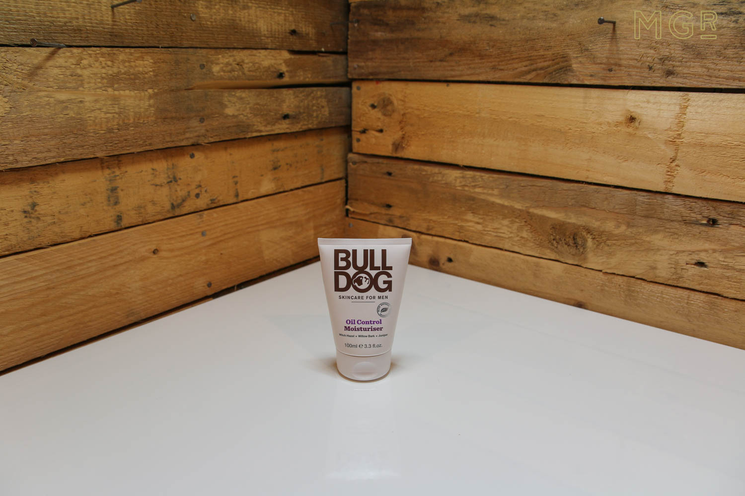 bulldog-mens-oil-control-moisturiser-review-1