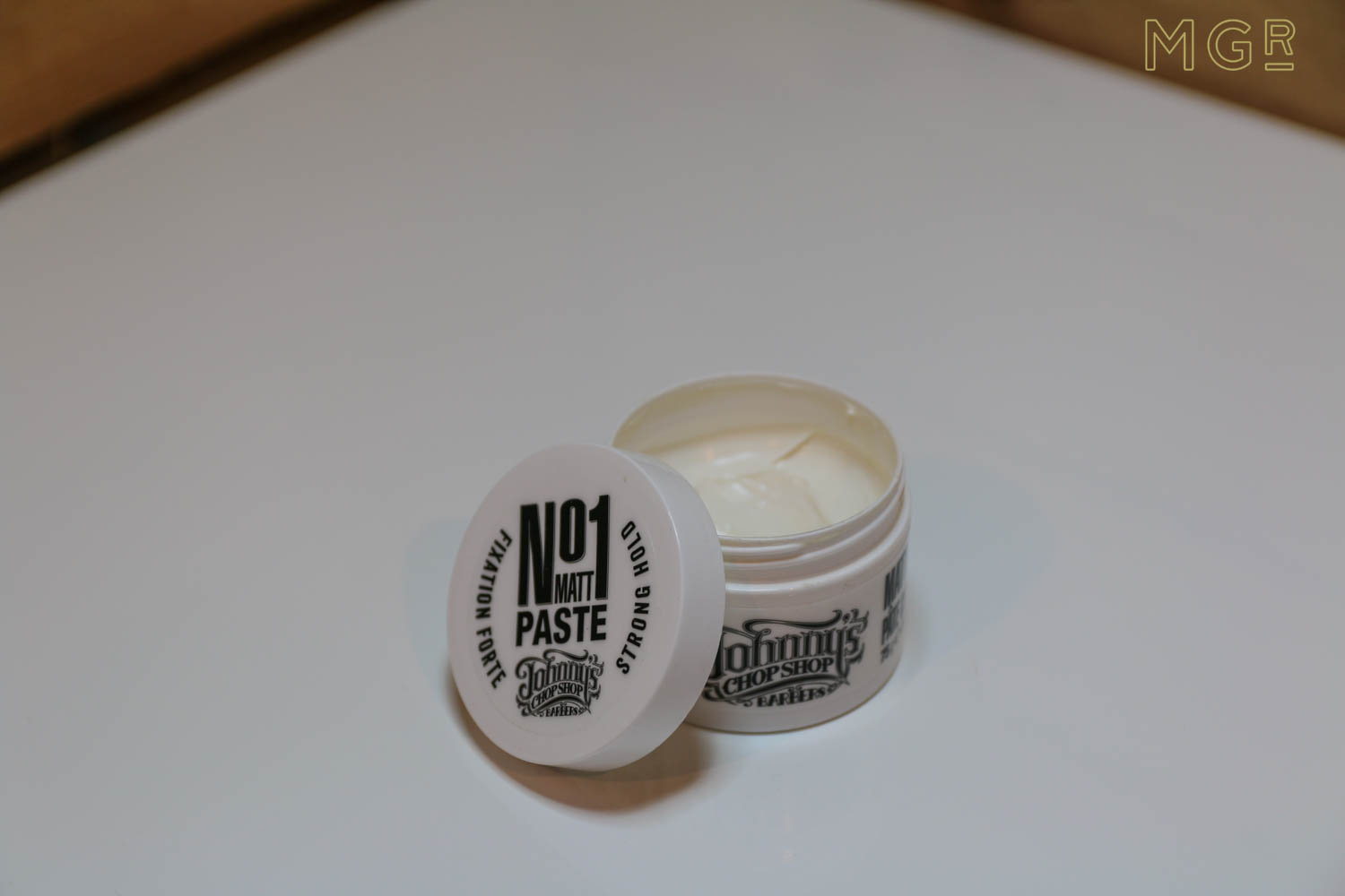 johnnys-chop-shop-no1-matt-hair-paste-review-3