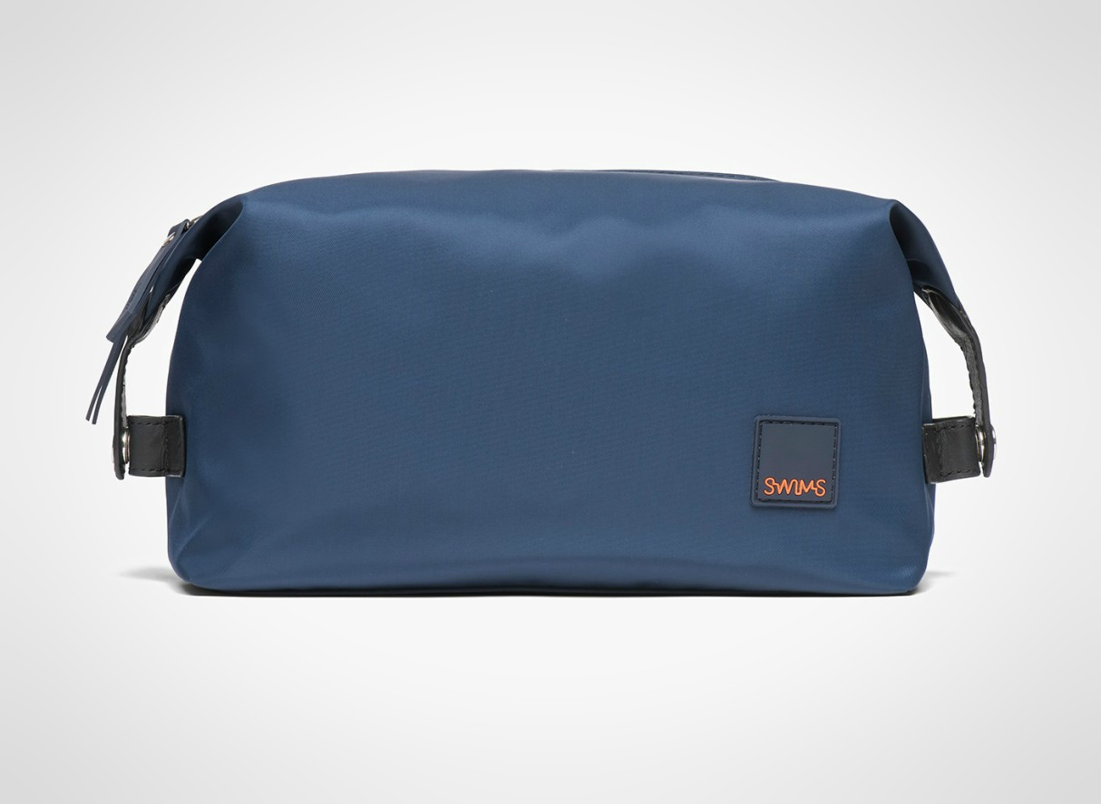 mens-travel-washbags-2019-swims