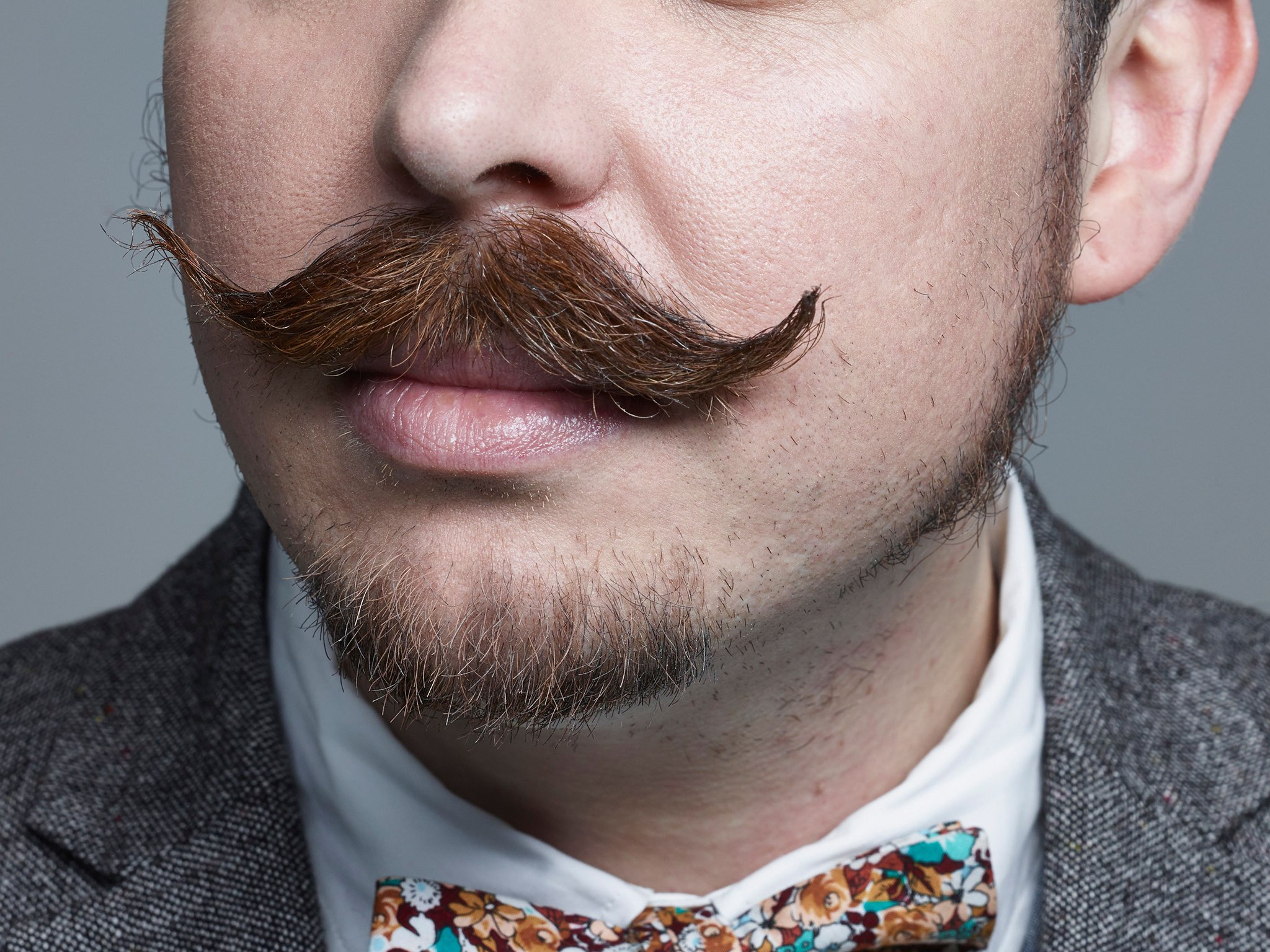 moustache-mens-grooming-reviews